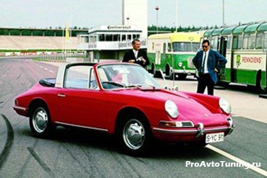 классический Porsche 911 Targa 1967 года