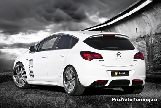 мощный Opel Astra