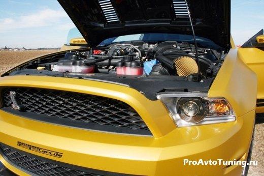 модный Shelby GT 640 Golden Snake