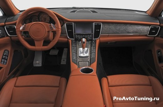 салон Porsche Panamera Diesel