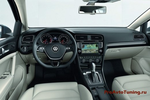 салон Volkswagen Golf 2013 года