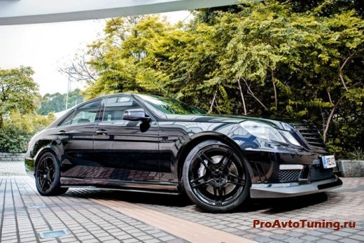 Revozport Mercedes E63 AMG